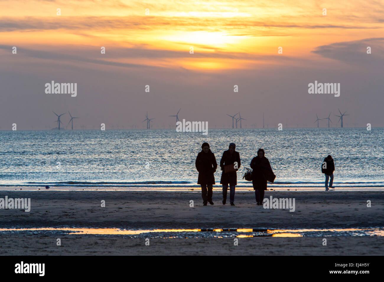 Egmond aan Zee, Holanda Septentrional, Holanda, costa del Mar del Norte, playas de arena blanca. Imagen De Stock