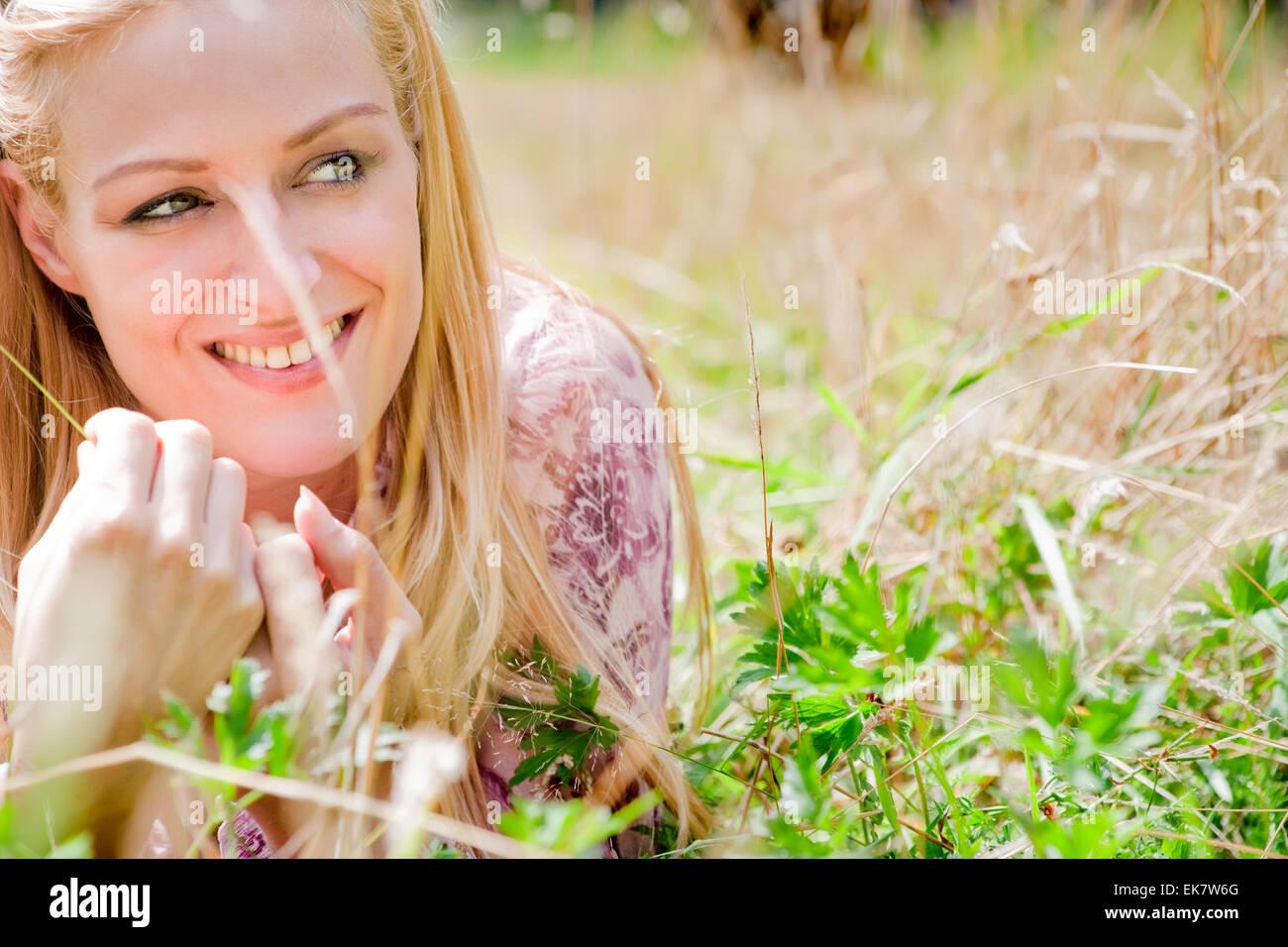 Estilo de vida feliz chica Imagen De Stock