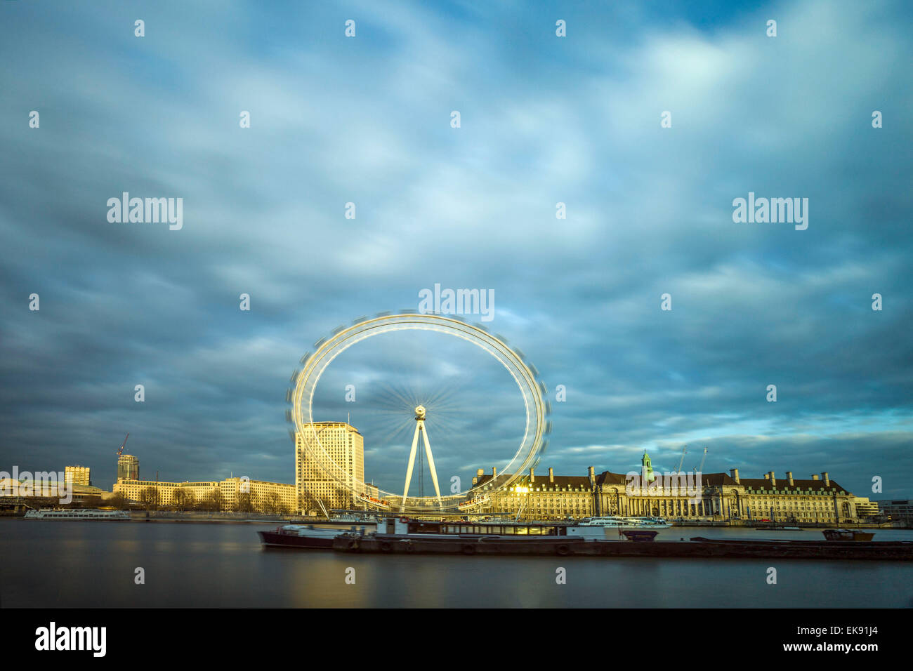 London eye durante la noche Foto de stock