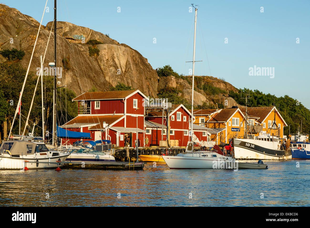 Vista sobre el puerto, Bohuslan Grebbestad, región, costa oeste, Suecia, Escandinavia, Europa Foto de stock