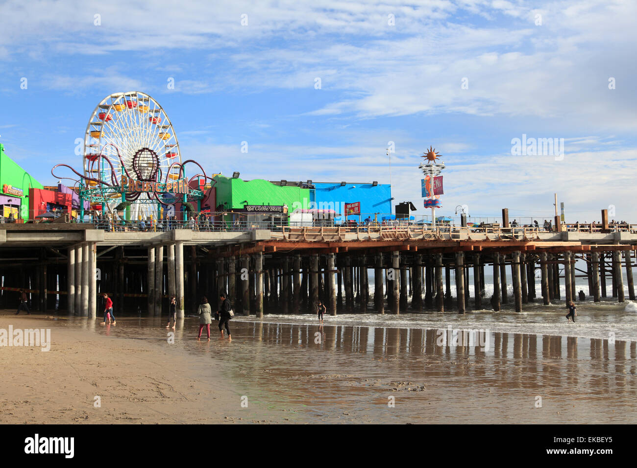 Santa Monica Pier, Pacific Park, Santa Monica, Los Angeles, California, Estados Unidos de América, América del Norte Foto de stock