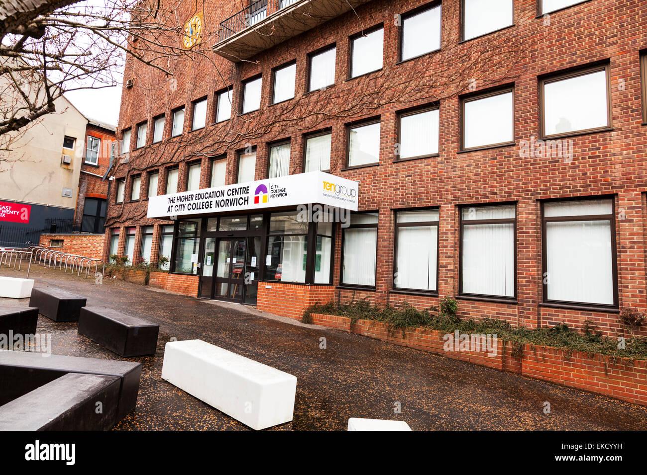 El centro de enseñanza superior en City College Norwich Norfolk fachada fachada de señal de entrada del Imagen De Stock