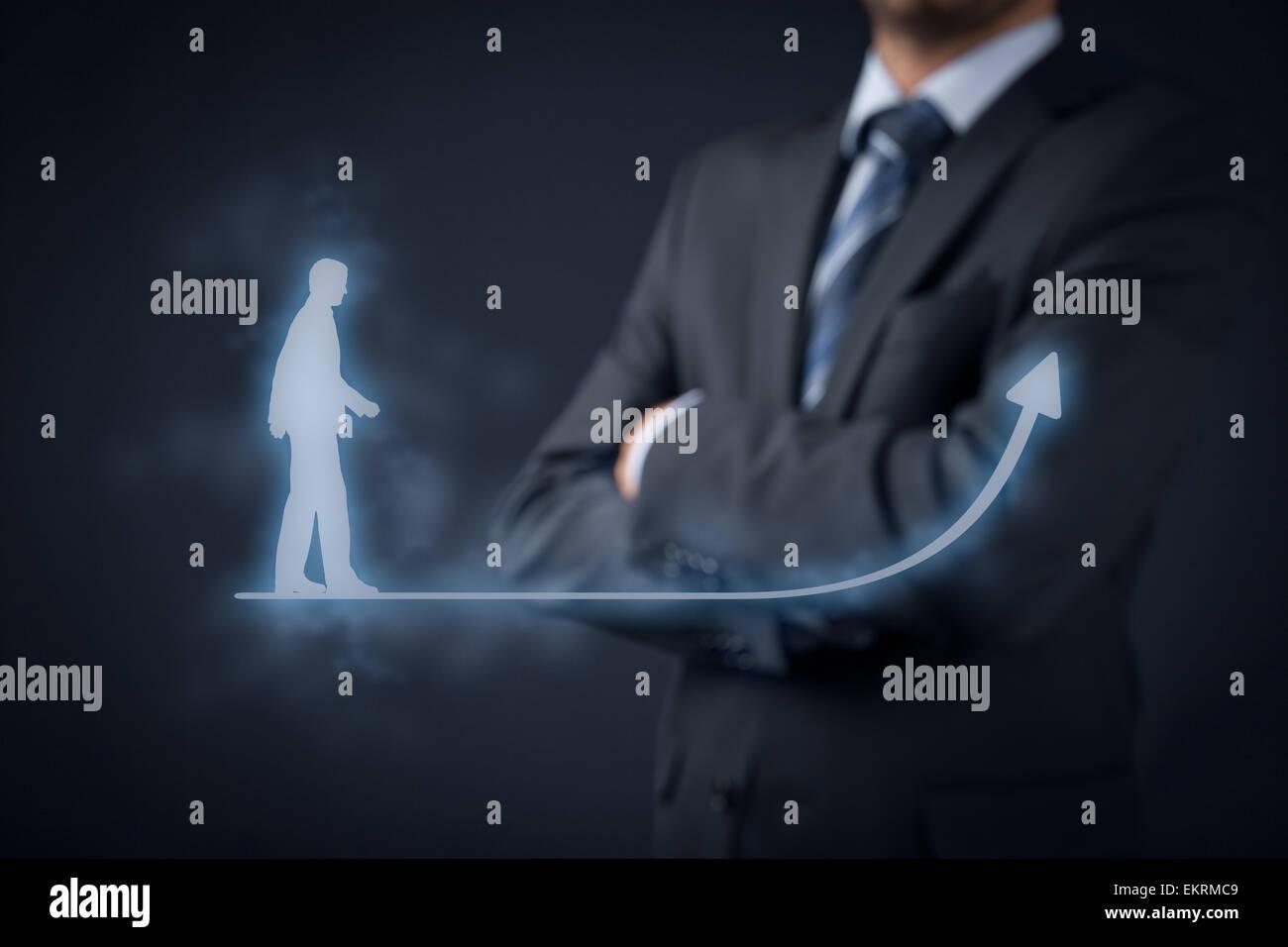 Desarrollo Personal (crecimiento personal), éxito, progreso y posibles conceptos. Entrenador (director de recursos Imagen De Stock