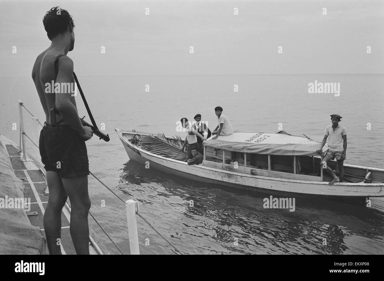Las tropas británicas en la isla de Borneo. 1964. Imagen De Stock