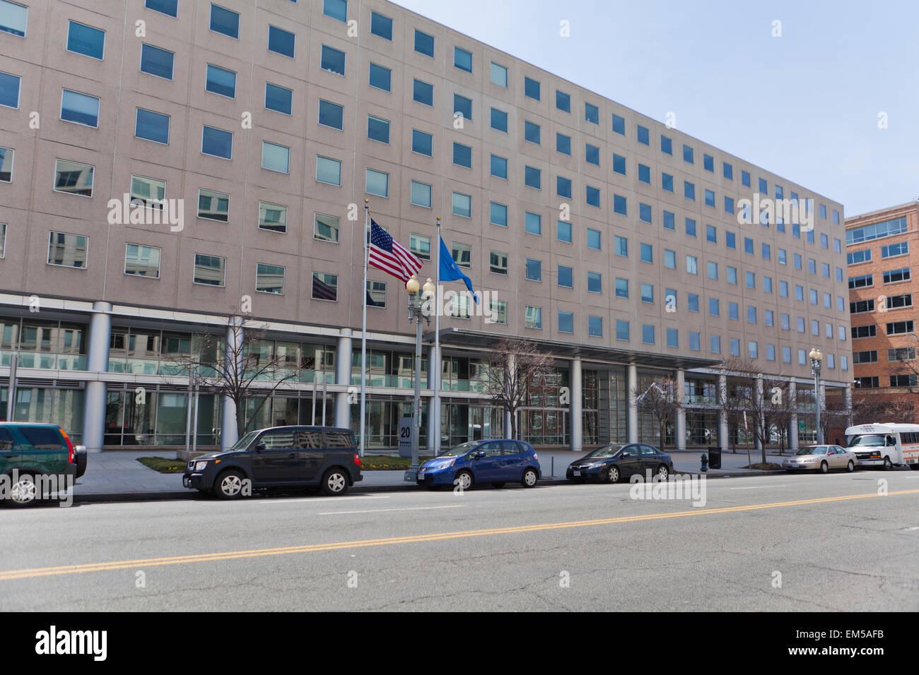 Resultado de imagen para foto del edificio de inmigracion en washington
