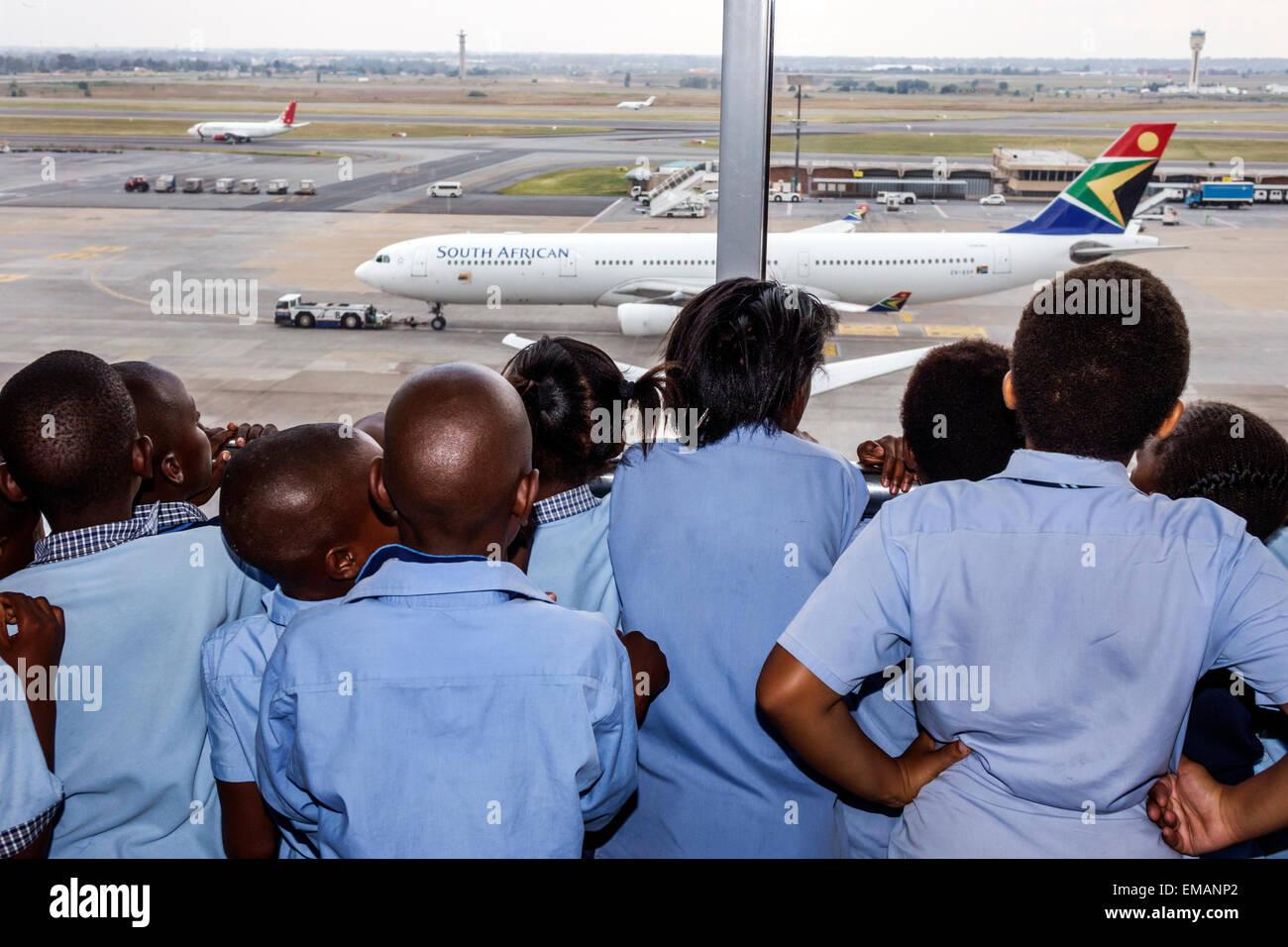 Johannesburgo, Sudáfrica African O. R. Tambo International Airport terminal concourse gate área campo Imagen De Stock