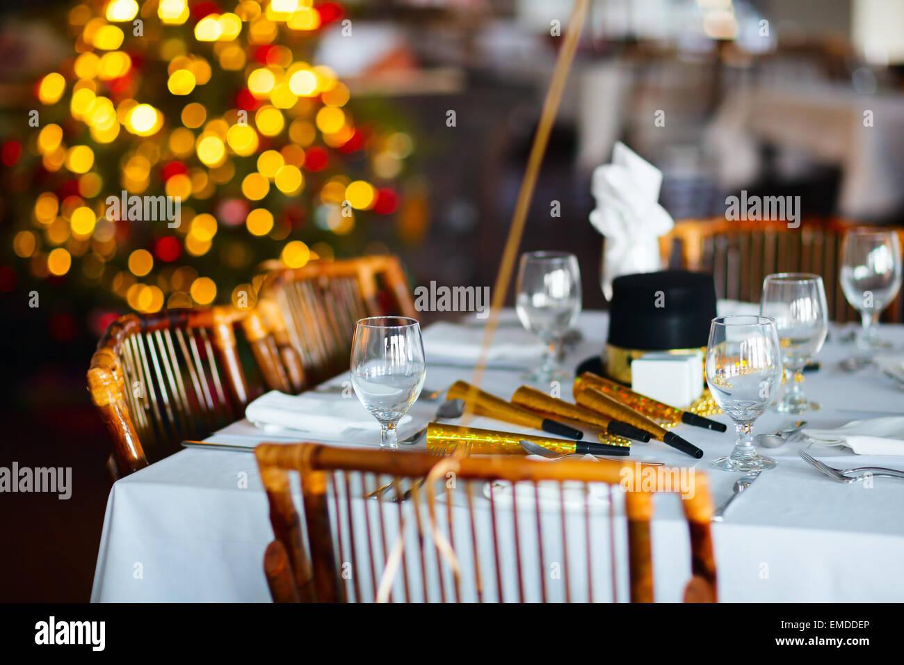 Ajuste de la tabla para la fiesta de Navidad Imagen De Stock