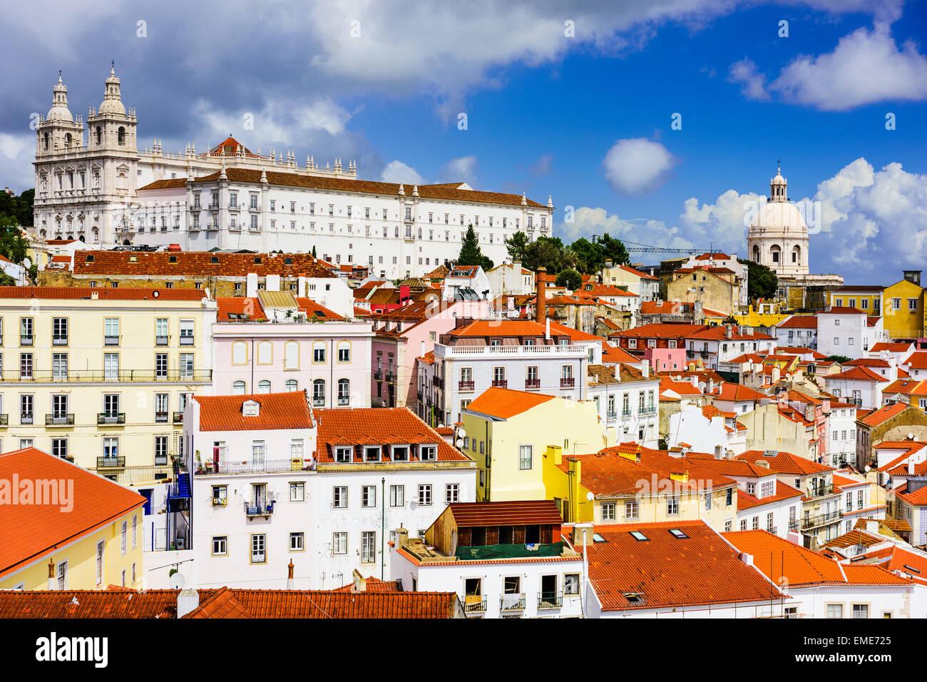 Lisboa, Portugal, en el barrio de la Alfama. Imagen De Stock