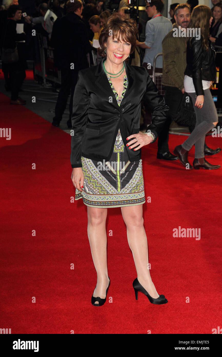 """BFI London Film Festival - """"un poco de caos' - Amor Gala de proyección en el Odeon West End ofrece: Kathy Lette Foto de stock"""