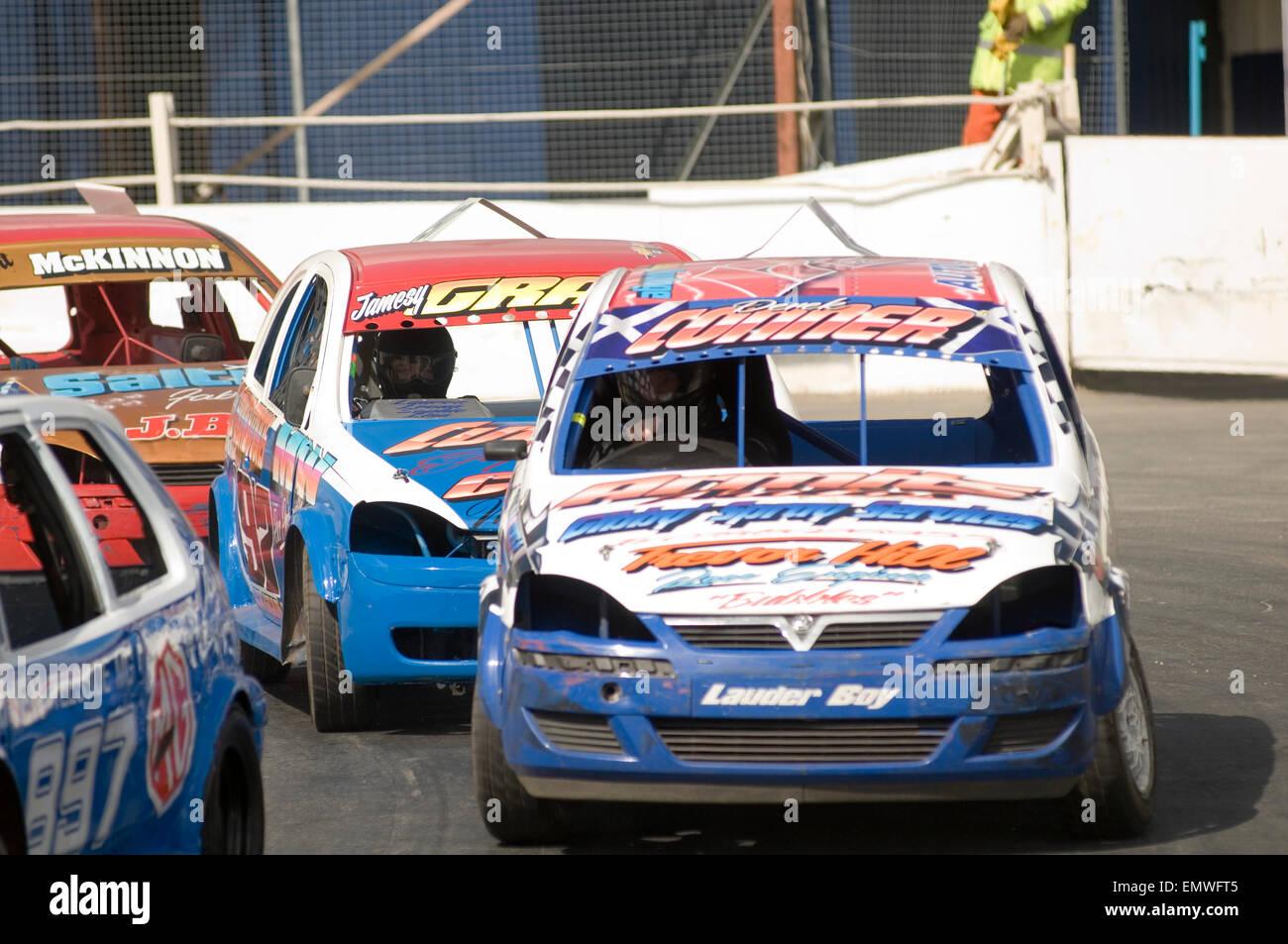 Vauxhall Corsa's hot rod compitiendo en una carrera de autos Imagen De Stock