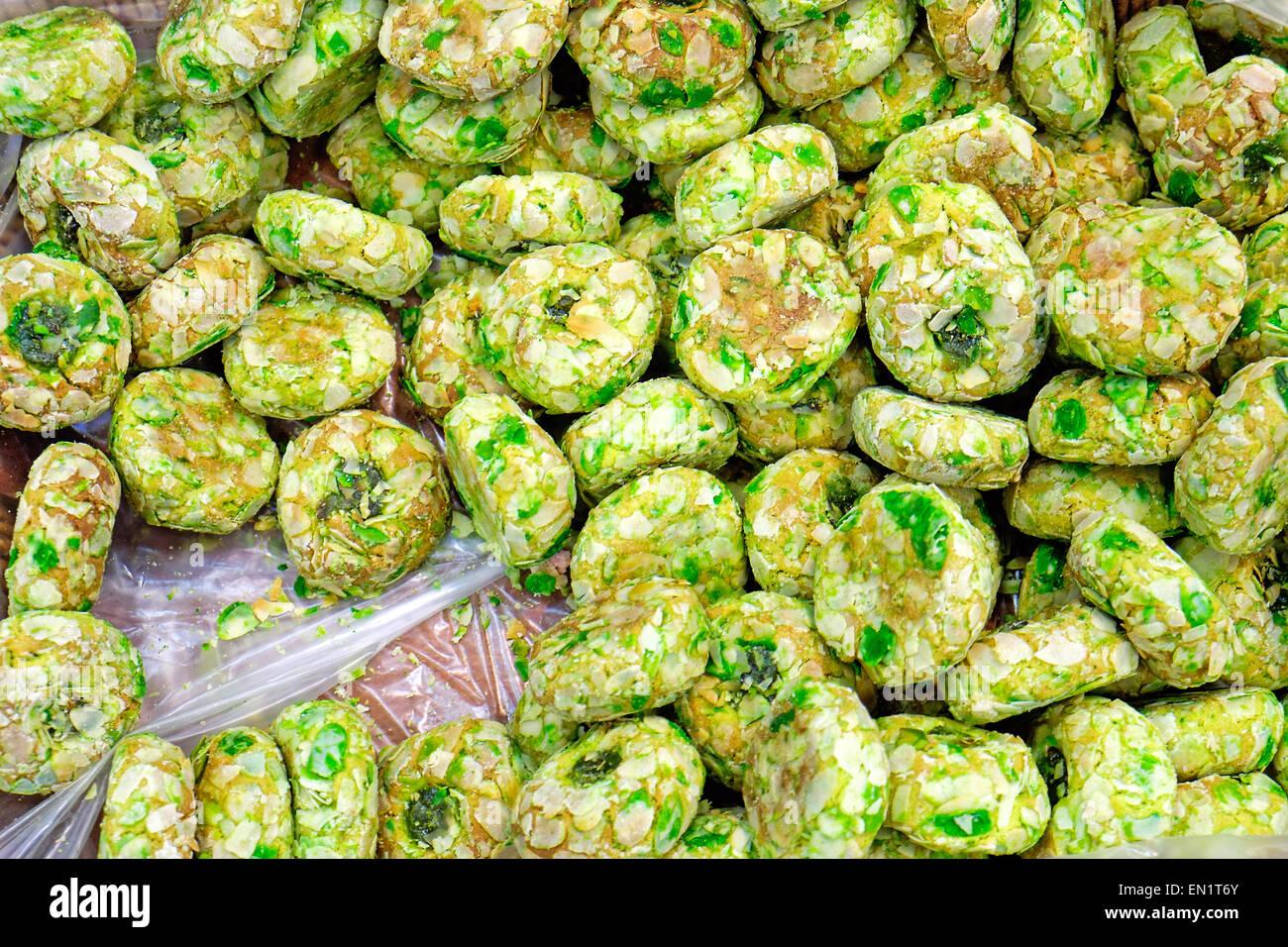 Algunos verdes para la venta de pastelería italiana en una panadería Imagen De Stock