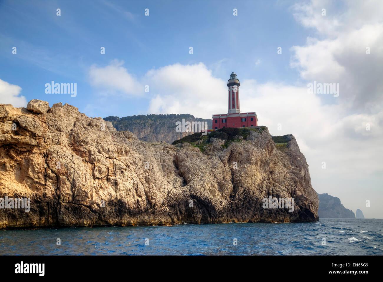 Faro Punta Carena, Capri, Nápoles, Campania, Italia Foto de stock