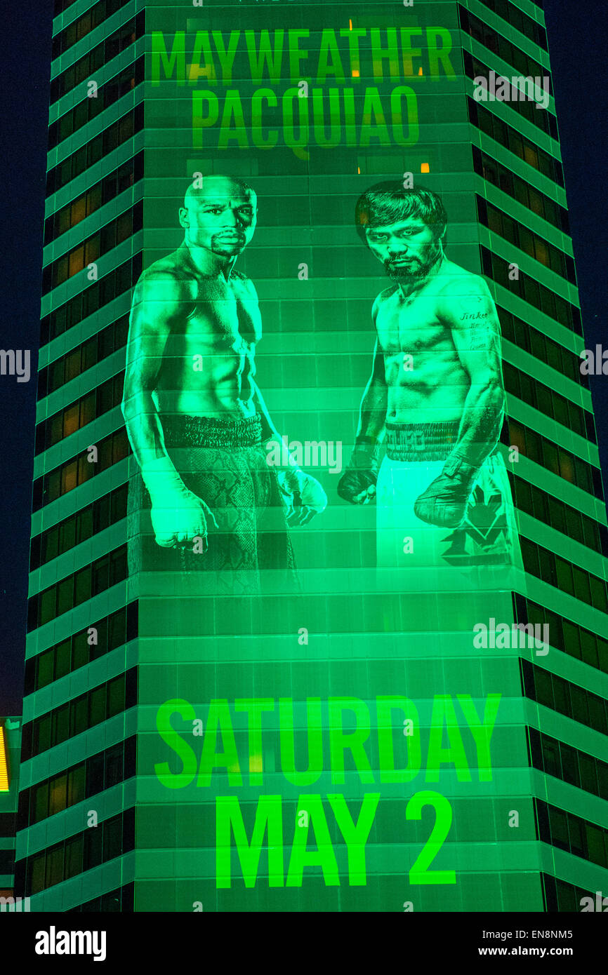 Las Vegas, Nevada, EE.UU. El 28 de abril, 2015. Un signo en el MGM Grand  anuncia acerca del Floyd Mayweather y Manny Pacquiao lucha el 28 de abril de  2015 en Las
