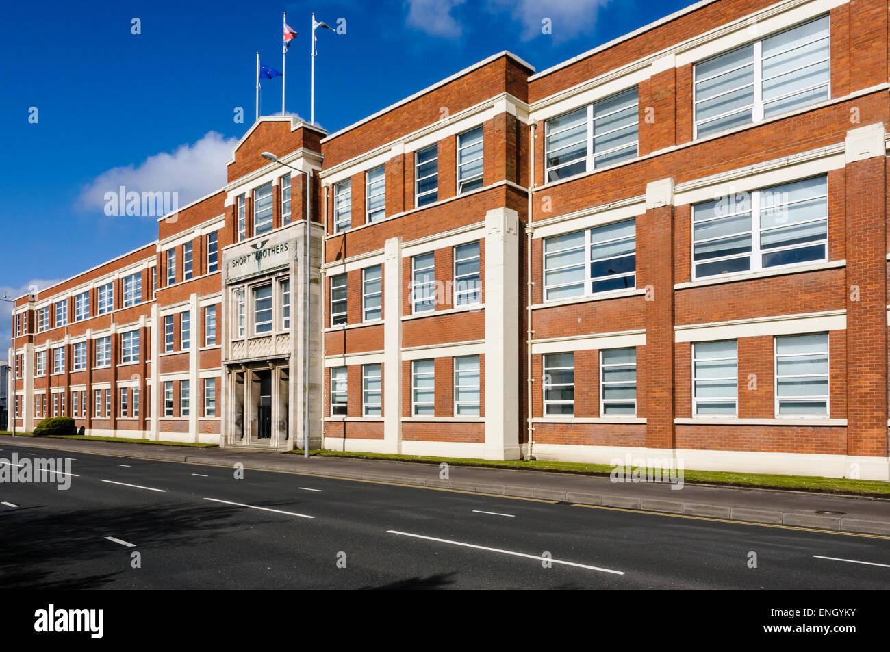 Bombardier Aerospace edificio (antiguamente Shorts Hermanos), Belfast Foto de stock