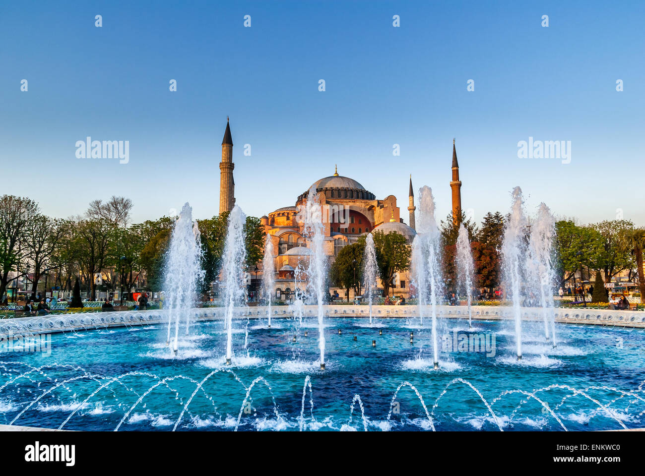 Hagia Sophia mezquita en la plaza de Sultanahmet, en Estambul, Turquía. El Museo de Santa Sofía en Estambul Imagen De Stock