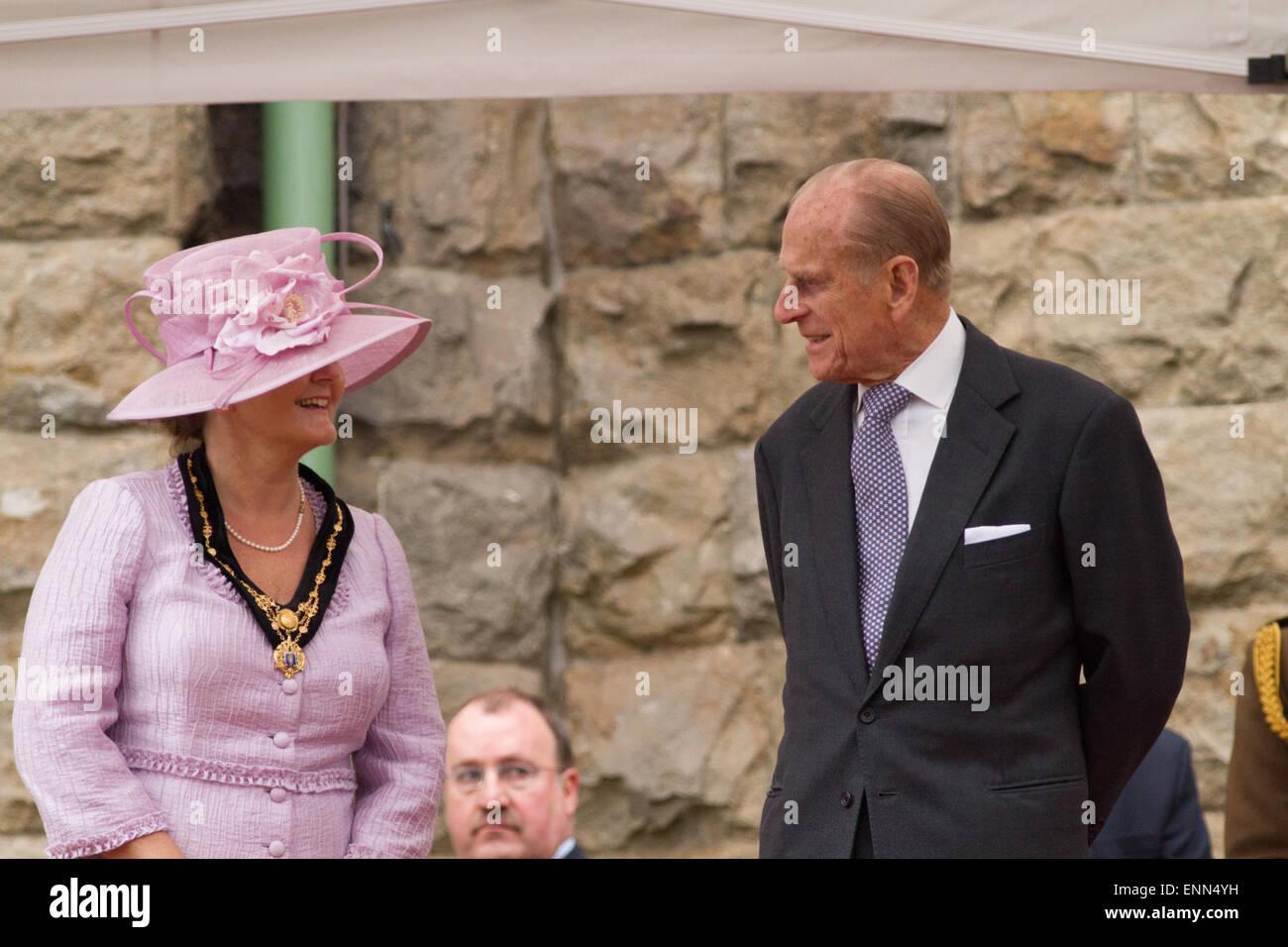 El Duque de Edimburgo H.R.H visitando Cyfarthfa Castle en Merthyr Tydfil, Gales del Sur, como parte de la gira del Imagen De Stock