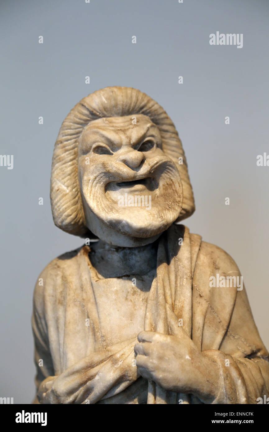 Estatua de mármol de un actor. Romano, época imperial. 1ª-2ª siglo DC. Un anciano de la comedia. Imagen De Stock