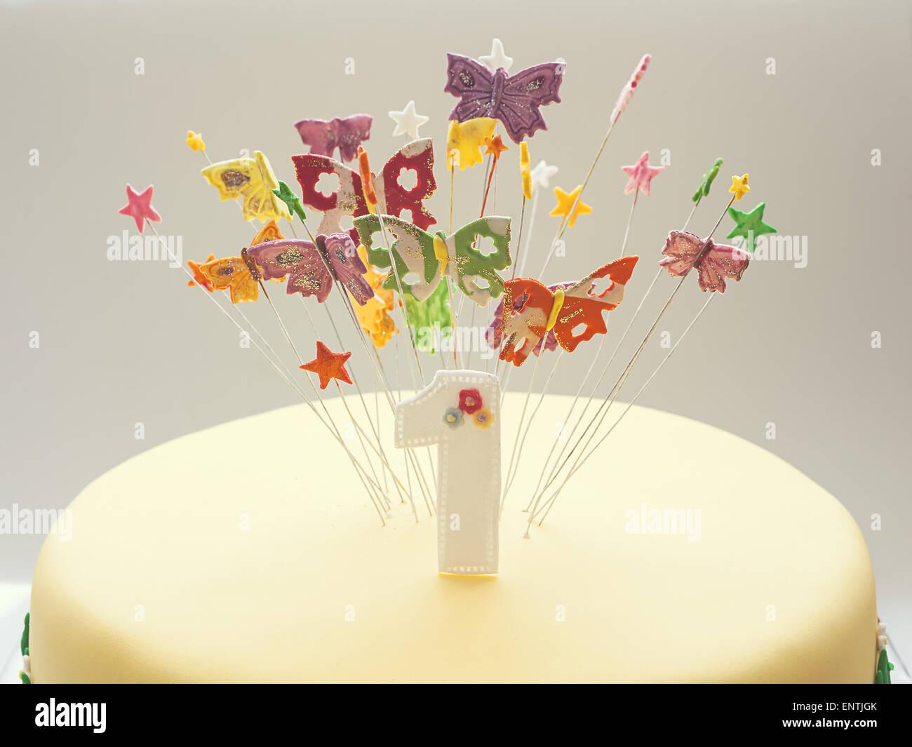 Pastel De Cumpleaños Para El Primer Año De Vida