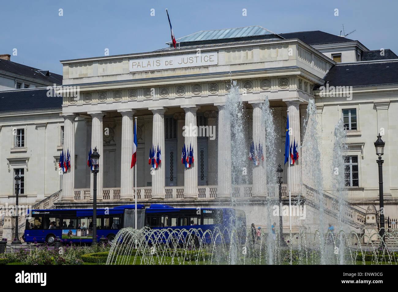 Tours, Francia, el Tribunal de grande instance de Tours, 2 Place Jean Jaurès, 37000 Foto de stock