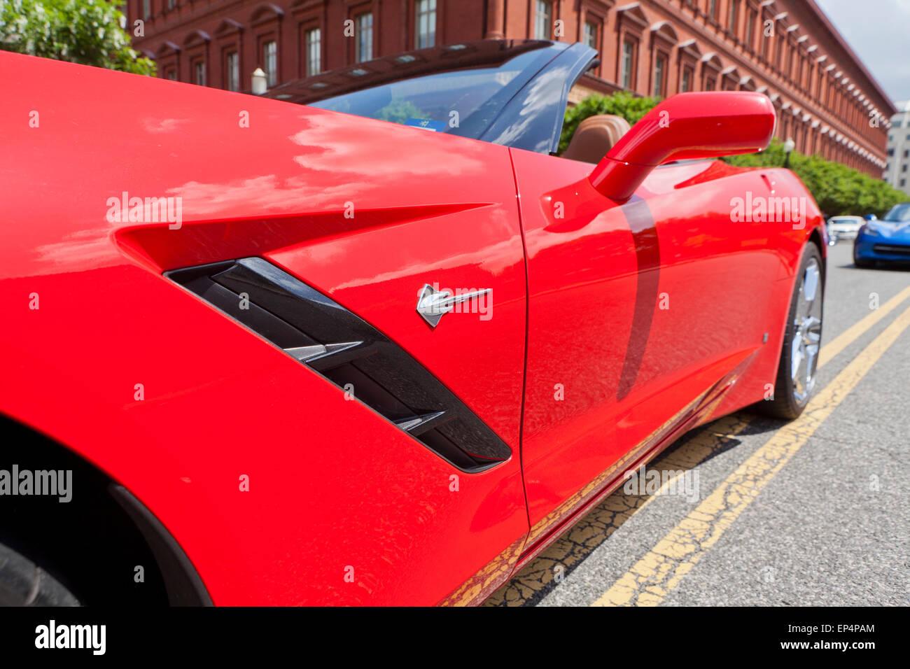 Increíble Dibujo De Chevrolet Corvette Para Colorear Ilustración ...