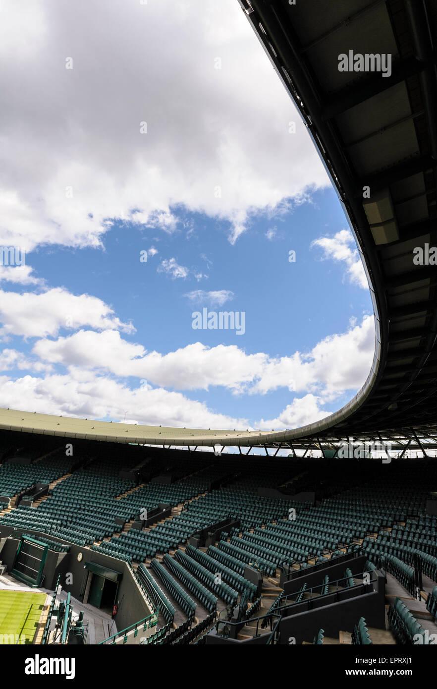 Corte número uno, el Torneo de Tenis de Wimbledon. Vacío, antes del comienzo de la competición anual Imagen De Stock