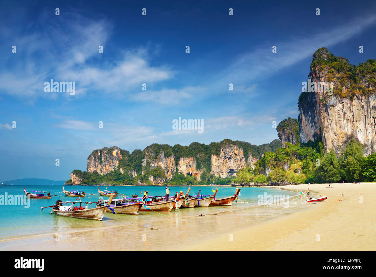 Playa Tropical, Mar de Andaman, Tailandia Imagen De Stock
