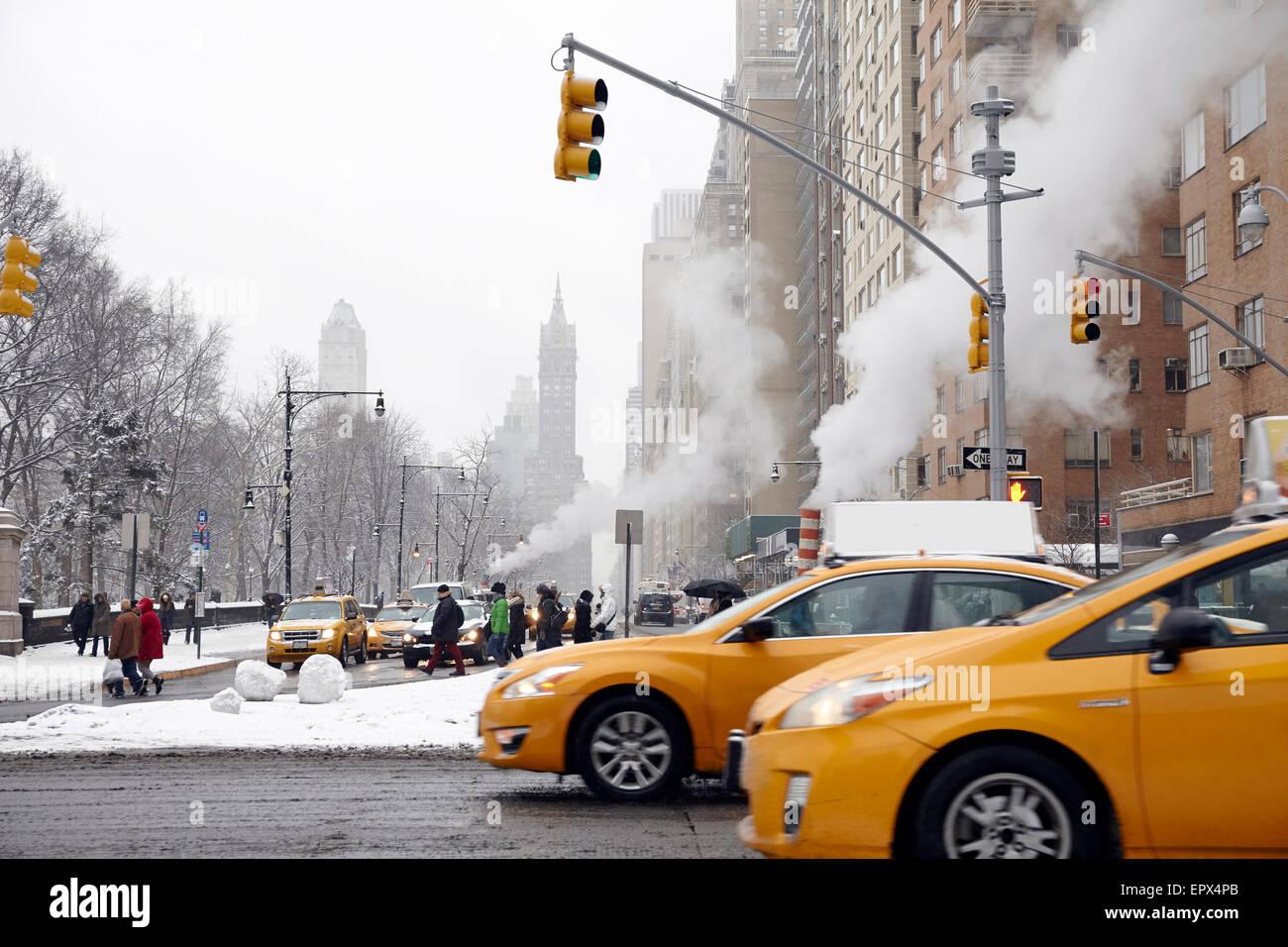 Ee.Uu., Estado de Nueva York, Ciudad de Nueva York, el tráfico en la calle Imagen De Stock