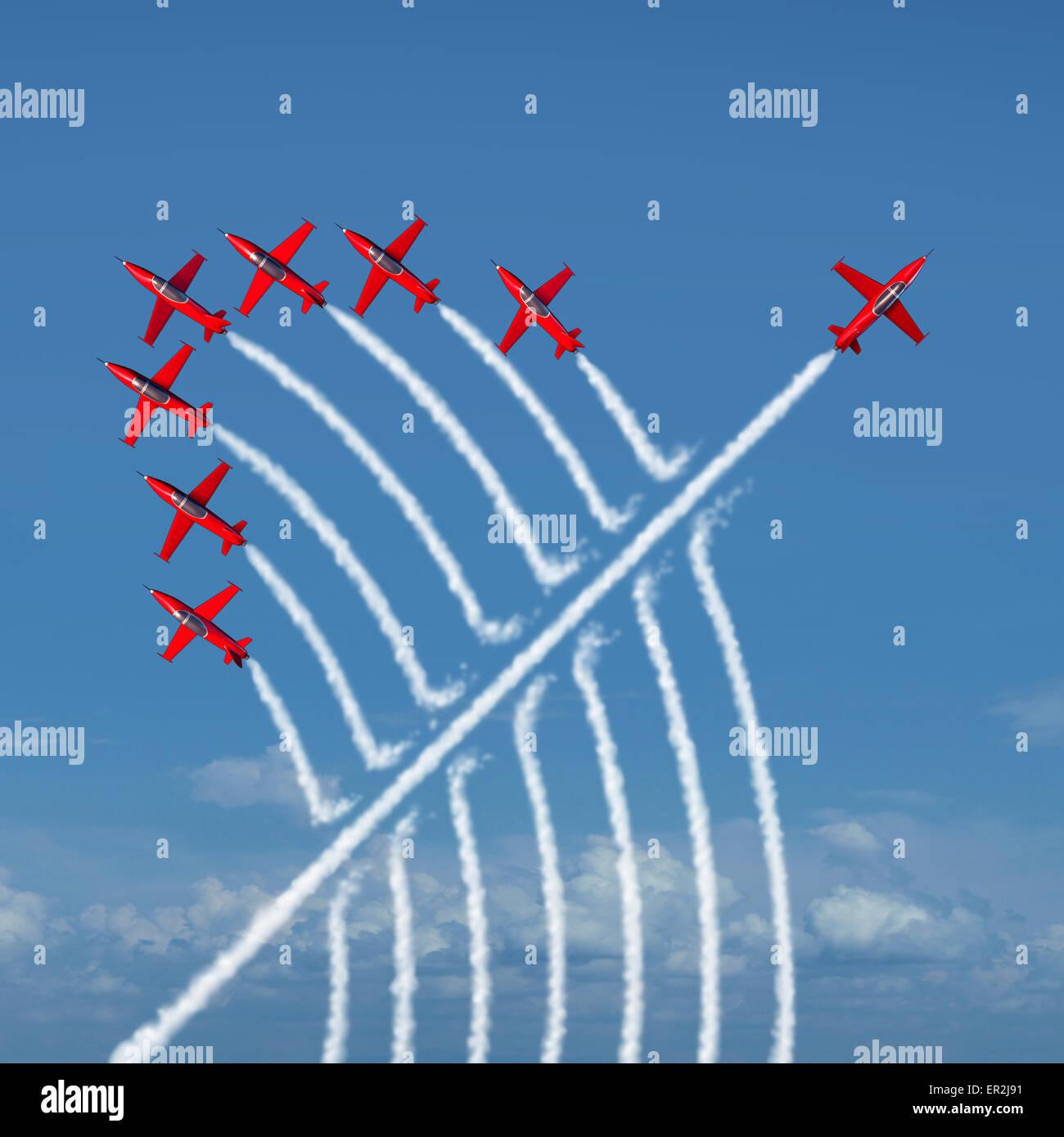 Innovación disruptiva independiente el concepto de liderazgo y la individualidad como un grupo de aviones acrobáticos Imagen De Stock