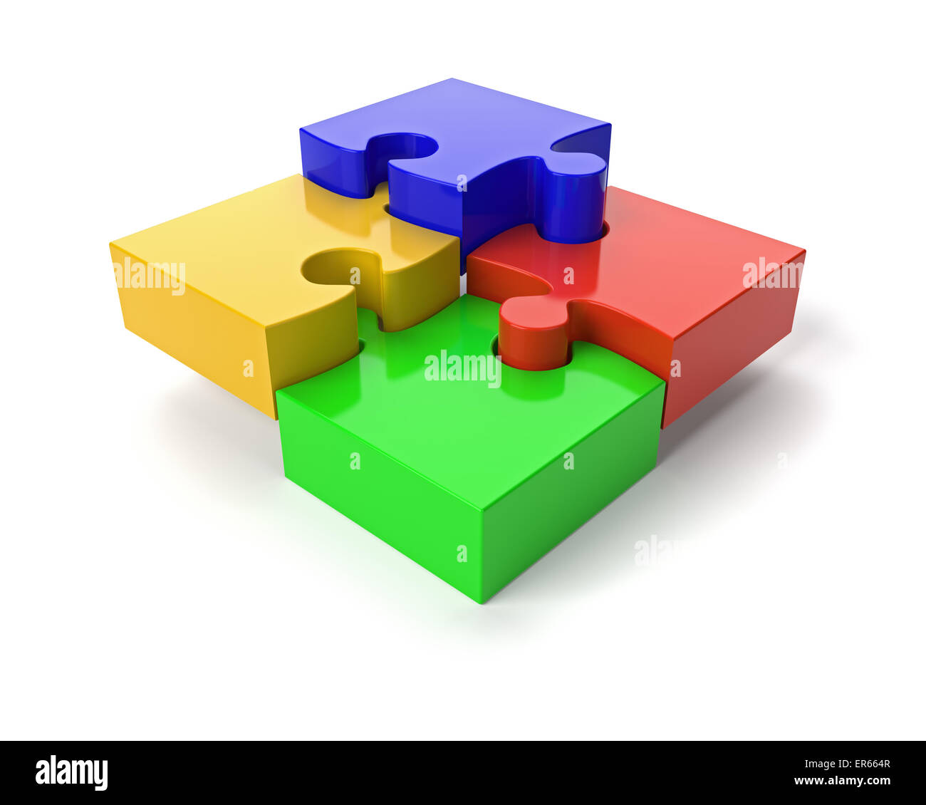 Cuatro piezas de un rompecabezas sobre fondo blanco. Imagen De Stock