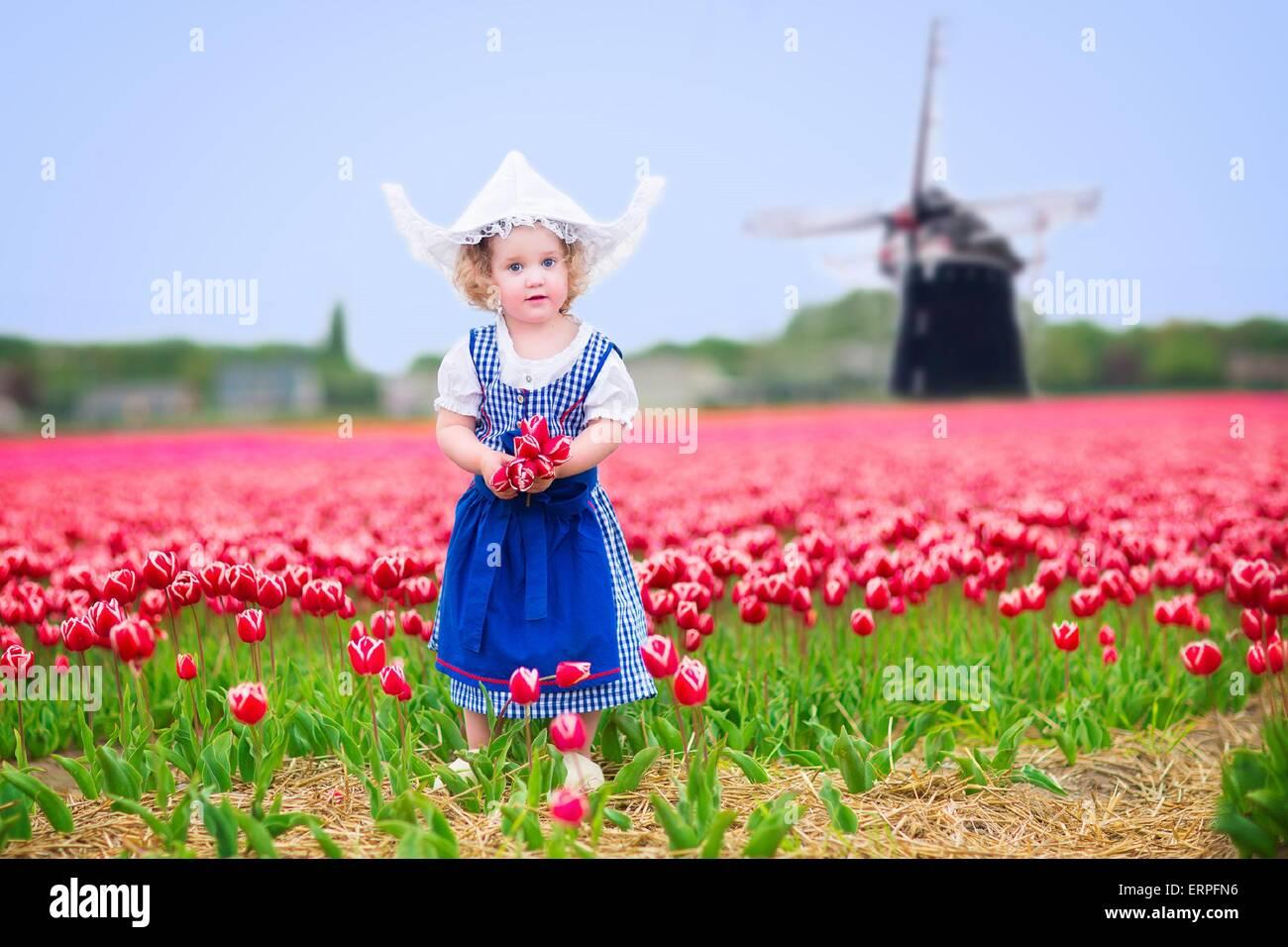 Vistiendo Holandés Y Vestido Traje Tradicional Nacional Niño El Niña E9YeWID2H