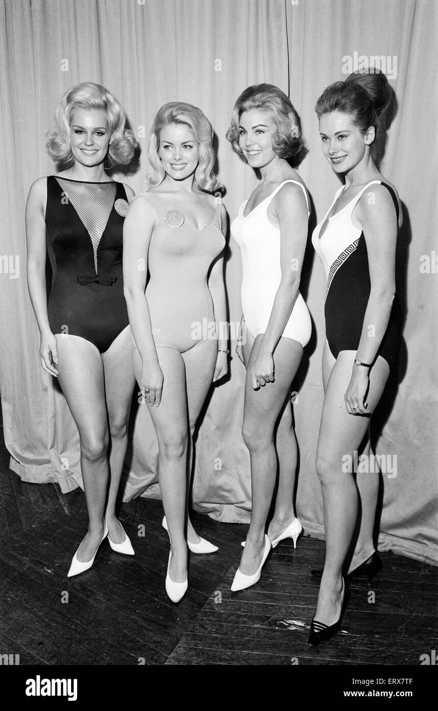 Concursantes de Miss Mundo, Photo-call en el Lyceum Ballroom de Londres, viernes 12 de noviembre de 1965. L - R, Imagen De Stock