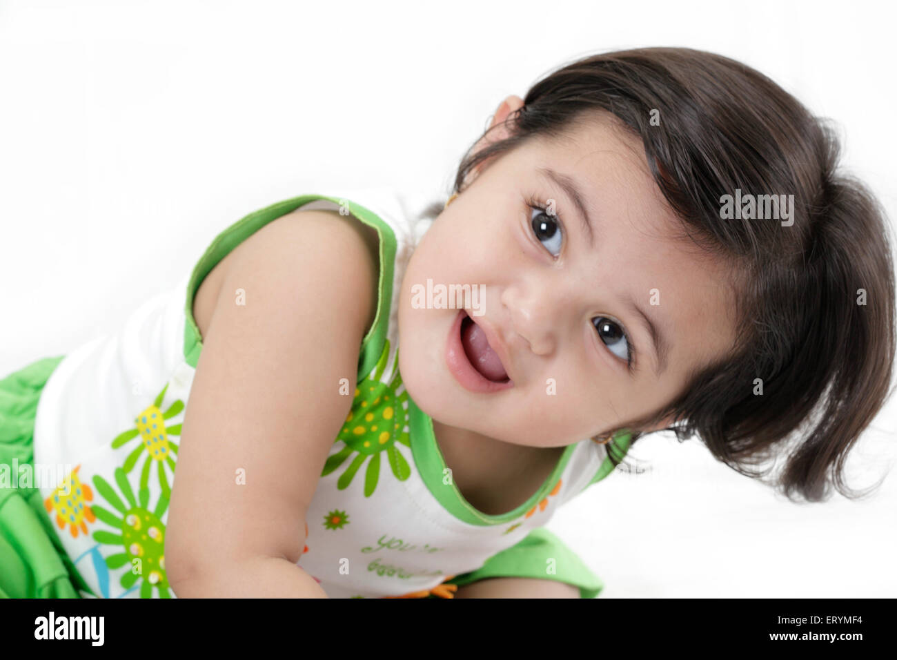 Quince meses de edad chica inclinándose MR#743S Imagen De Stock