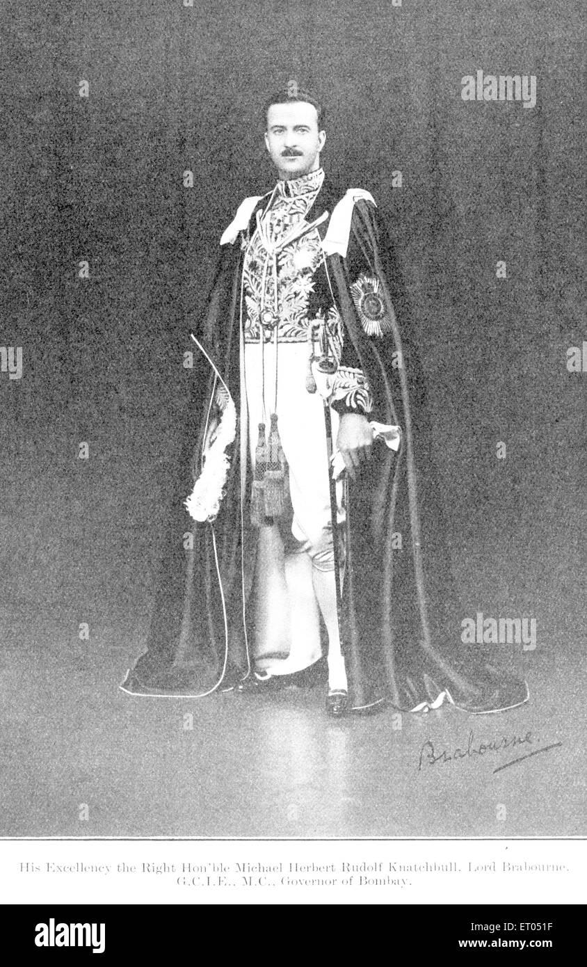 Los funcionarios británicos ; Excelencia Honorable Michael Herbert Rudolf Knatehbull ; lord Brabourne ; el Imagen De Stock