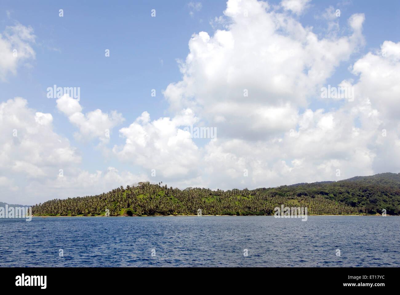 Jolly boya o Islas Redskin ; al sur las Islas Andamán ; Bahía de Bengala ; India Octubre 2008 Imagen De Stock