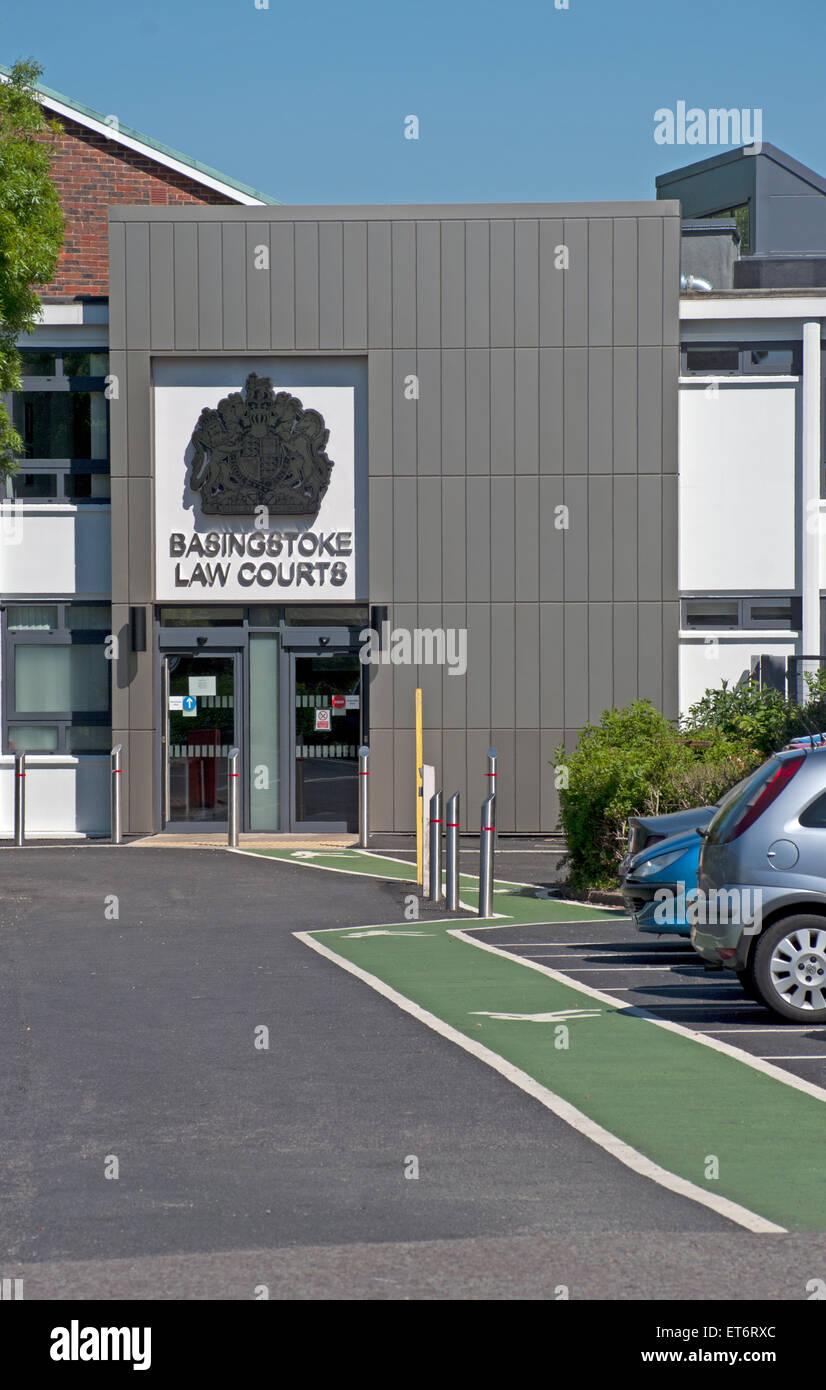 Los Tribunales de Basingstoke, Hampshire, Inglaterra. Foto de stock