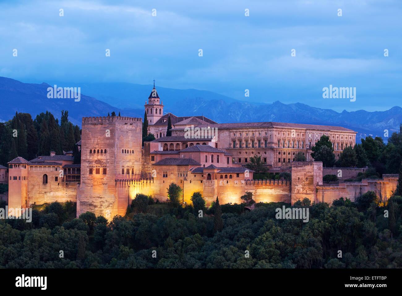 La Alhambra, el palacio árabe de Granada Andalucía España Imagen De Stock