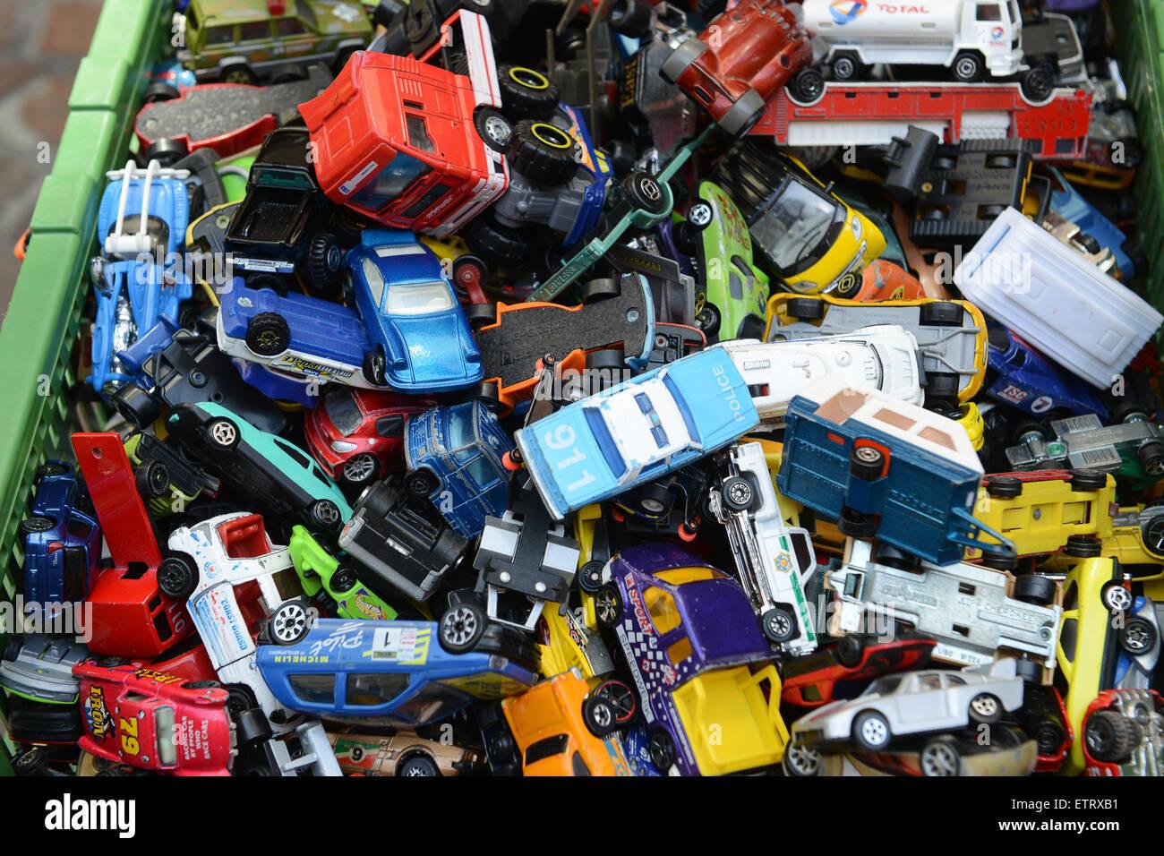 Niños Para A Autos La Venta Modelos El En De Juguete Juguetes 7vYbf6gyI