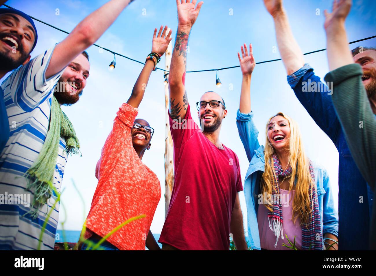 Fiesta en la playa, Cena amistad felicidad Concepto de verano Imagen De Stock