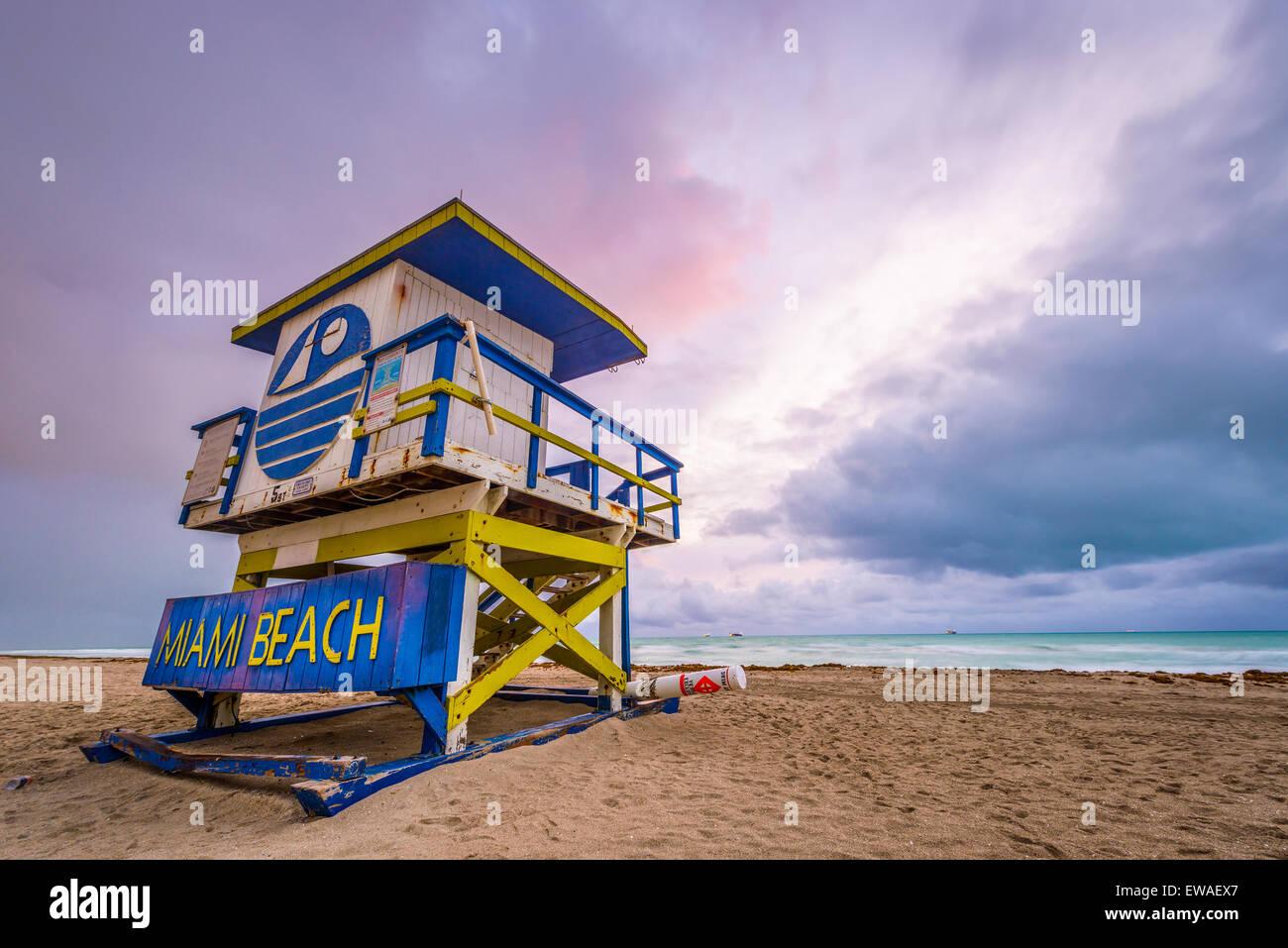 Miami Beach, Florida, EE.UU. la vida de la torre de guardia. Imagen De Stock