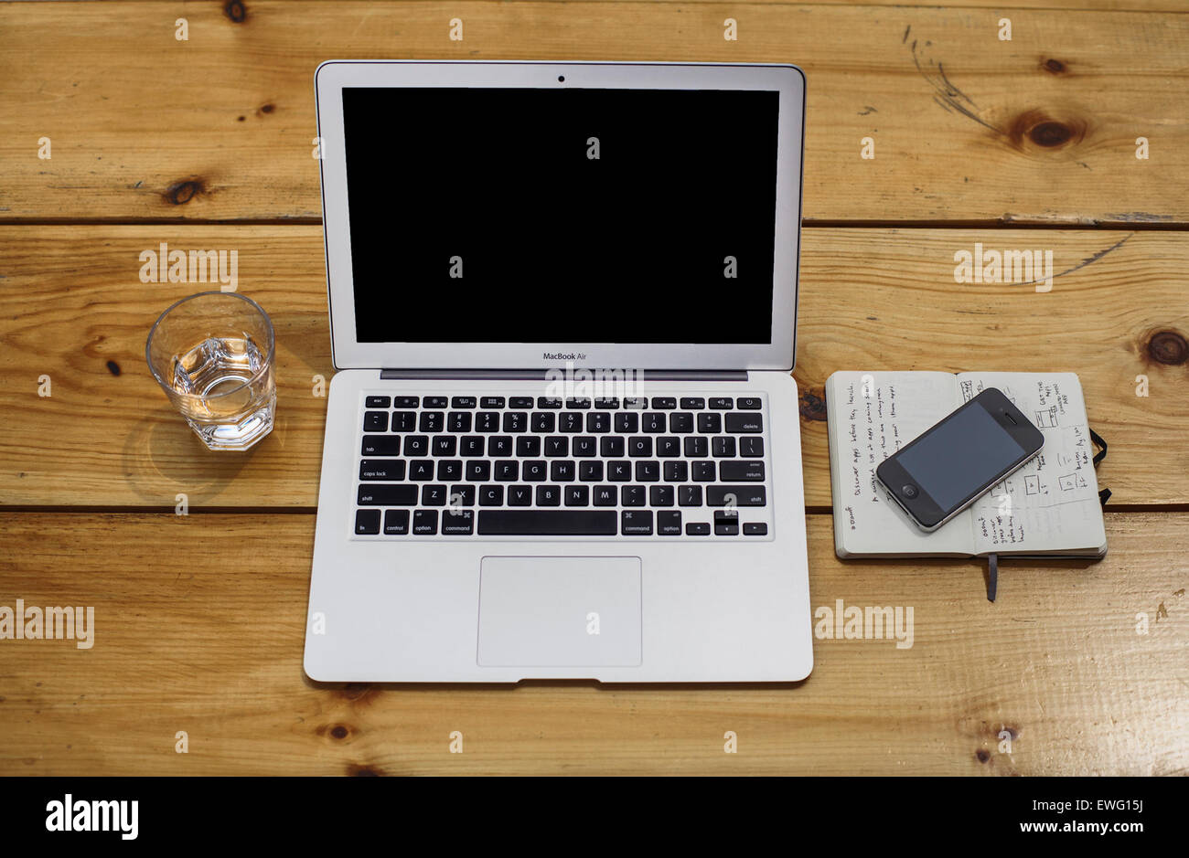 MacBook Air Bodegón Imagen De Stock