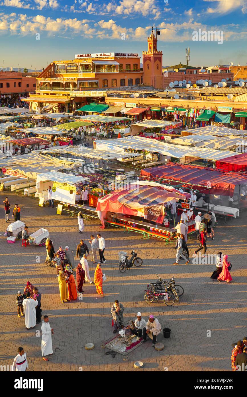 Plaza Djemaa el-Fna, Marrakech, Marruecos, África Imagen De Stock