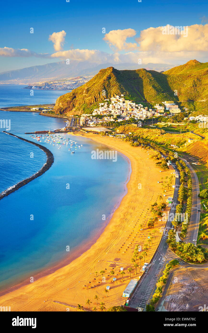 Playa de las Teresitas y San Andrés, Santa Cruz de Tenerife, Islas Canarias, España Foto de stock