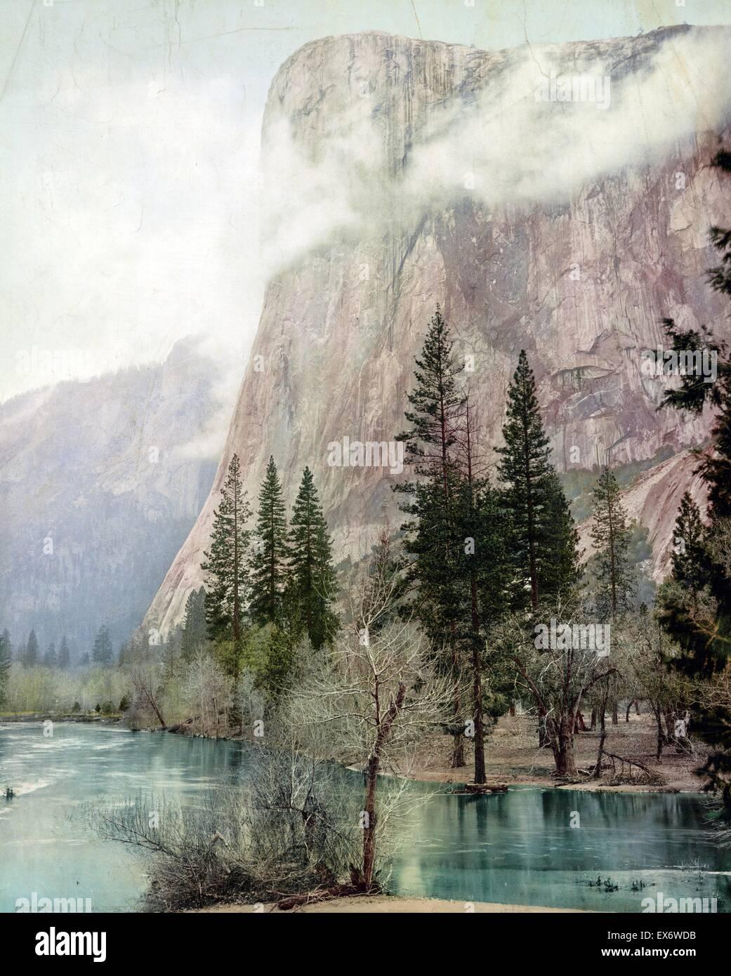 Impresión fotomecánica del valle de Yosemite, El Capitán, California. Fotografiado por William Henry Imagen De Stock