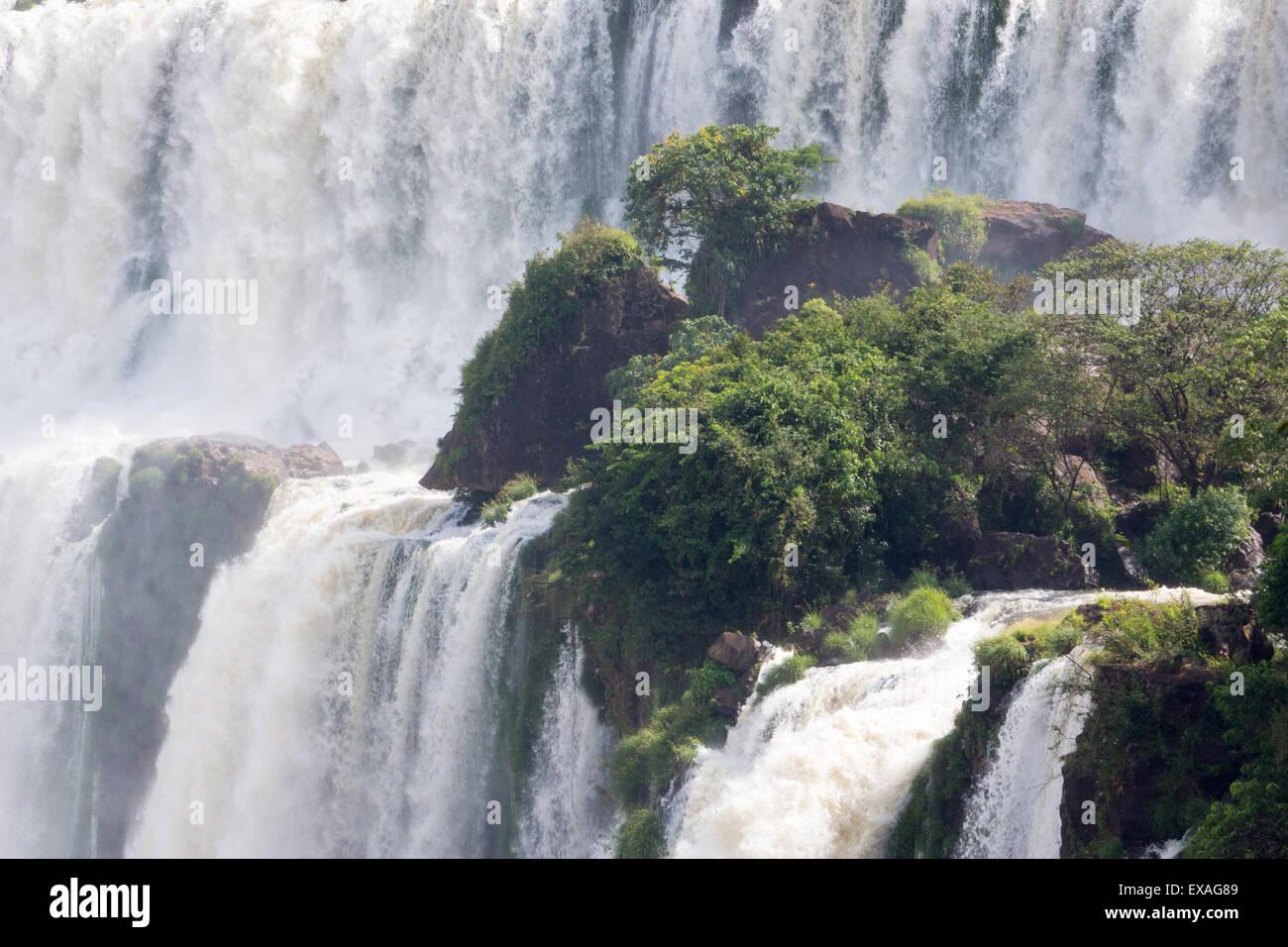 Cascadas, el Parque Nacional de Iguazú, Patrimonio Mundial de la UNESCO, Argentina, Sudamérica Foto de stock