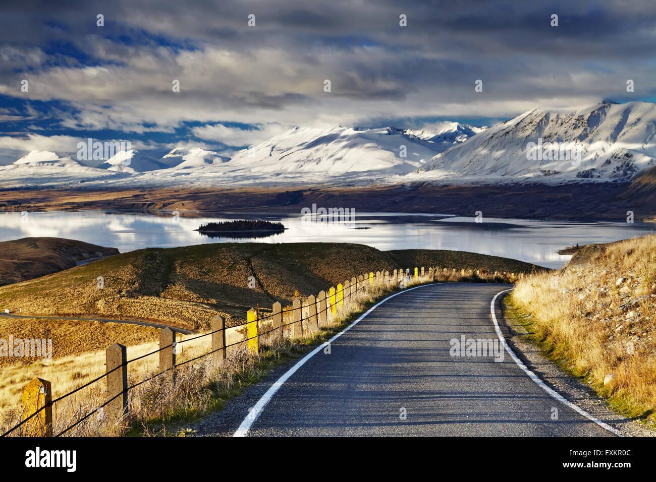 Sur de los Alpes y el Lago Tekapo, vista desde el Monte John, Mackenzie País, Nueva Zelandia Imagen De Stock