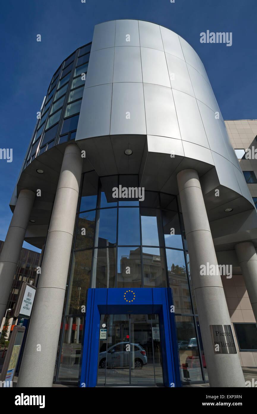 Edificio moderno, Eurodistrict, Estrasburgo, Alsacia, Francia Foto de stock