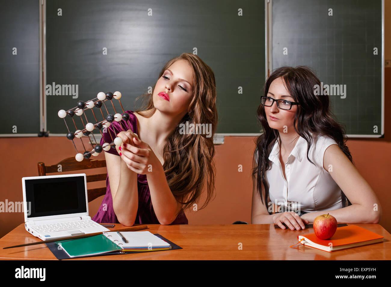 El Estudiante Habla Acerca De La Estructura De La Red