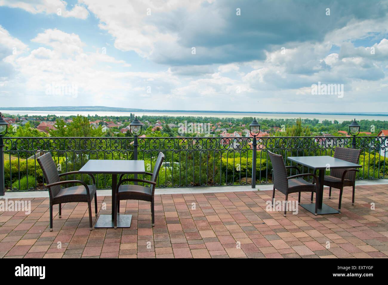 Mesa de restaurante cafetería al aire libre cena silla muebles ...