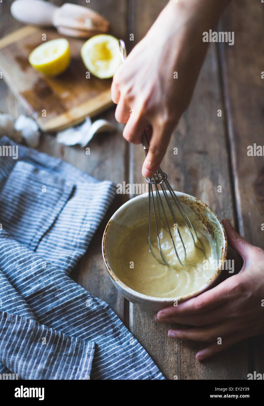 Ingredientes para la ensalada César Wasabi (sin gluten). Imagen De Stock