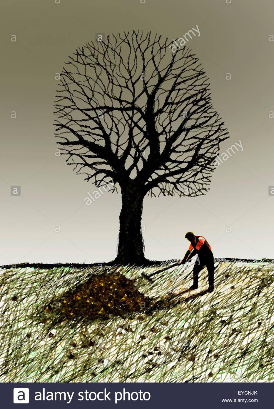 Hombre rastrillar las hojas de otoño bajo el árbol antropomorfo Imagen De Stock